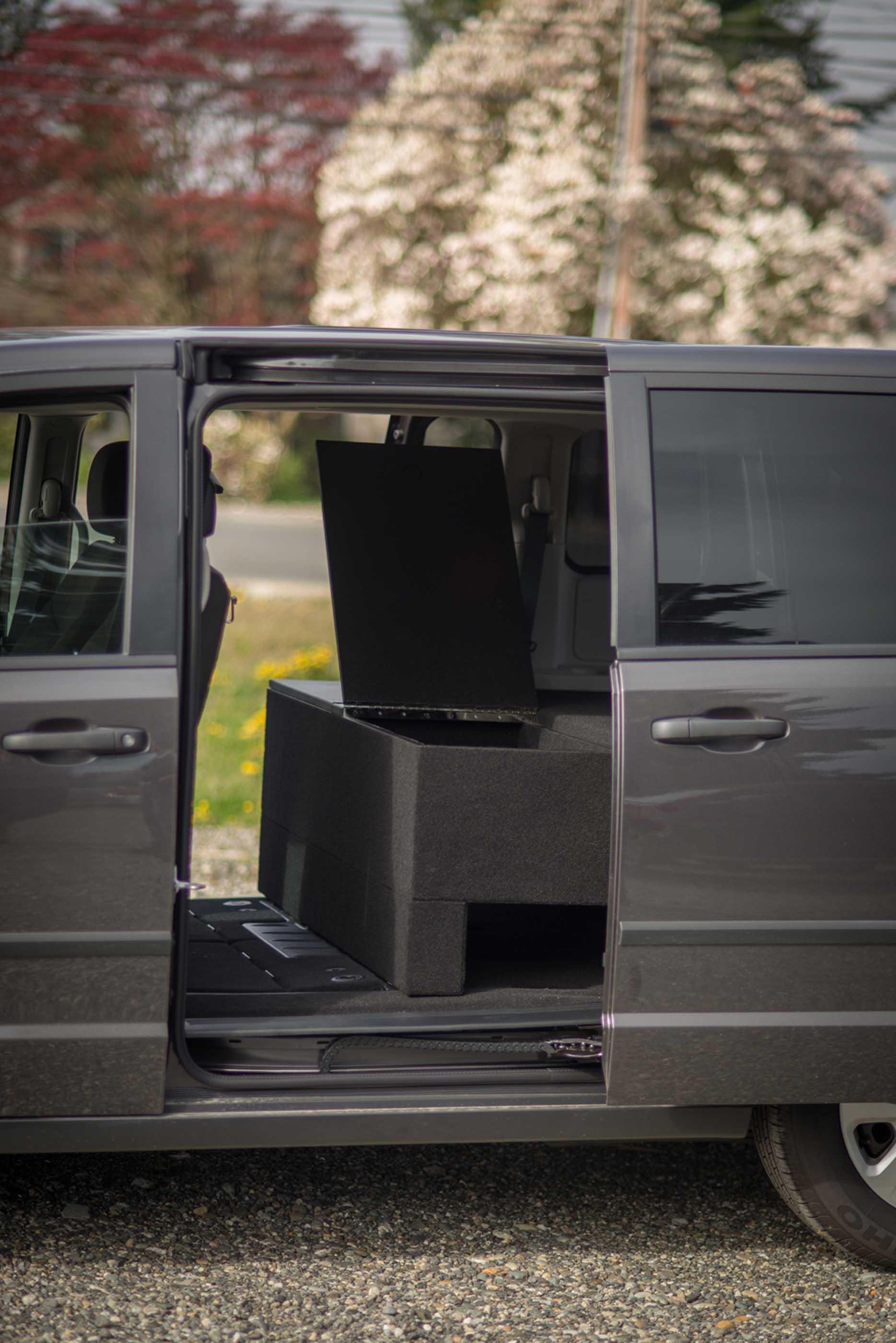 Dodge Caravan 4 Lowres Jpg Truckvault